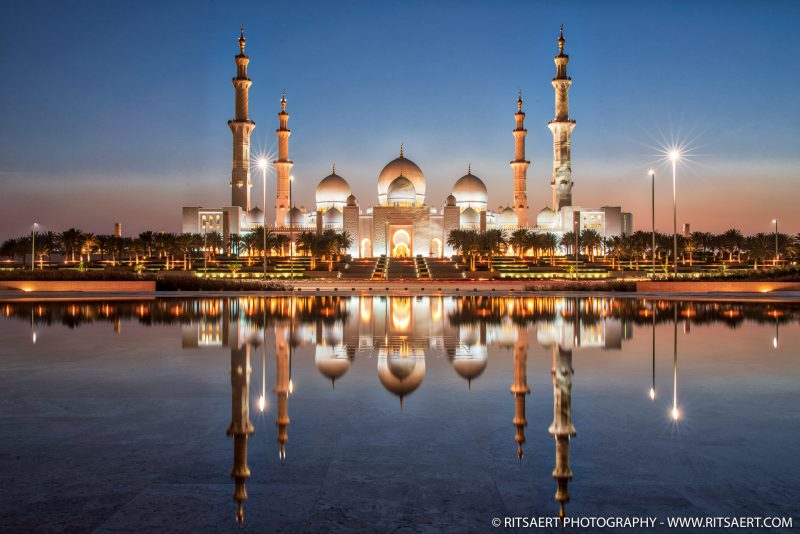 Sunset at Sheikh Zayed Grand Mosque - Abu Dhabi