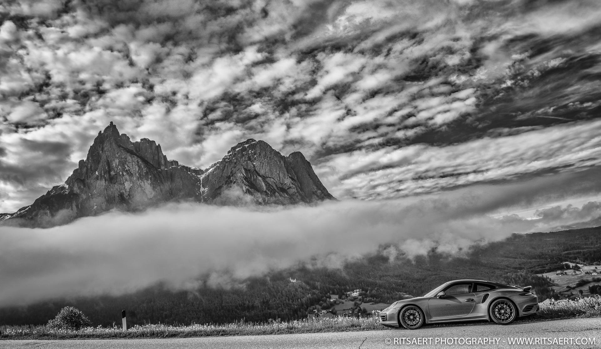 Porsche 911 - South Tyrol - Italy